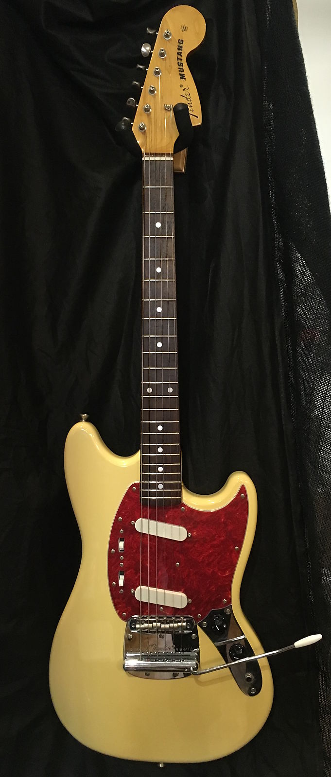 "Fender Japan CIJ ""O""series Mustang '69 Reissue"