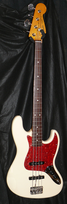 "Fender Japan C.I.J. ""P""series `62 Jazz Bass reissue"