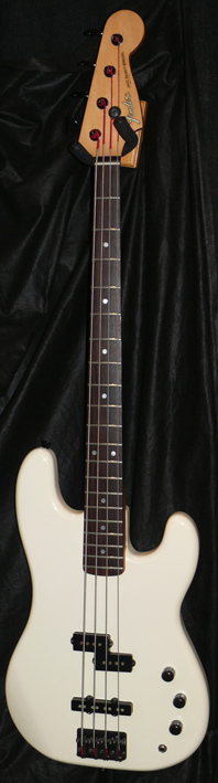 Fender Japan M.I.J. C series Jazz Bass Special