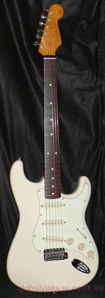 ~SOLD~Fender Japan M.I.J. U series `62 Stratocaster R.I. ST62