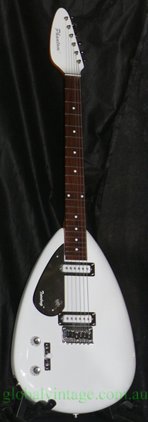 Phantom Guitars Teardrop LEFTY