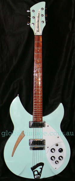 Rickenbacker USA Model 330 Blue Boy