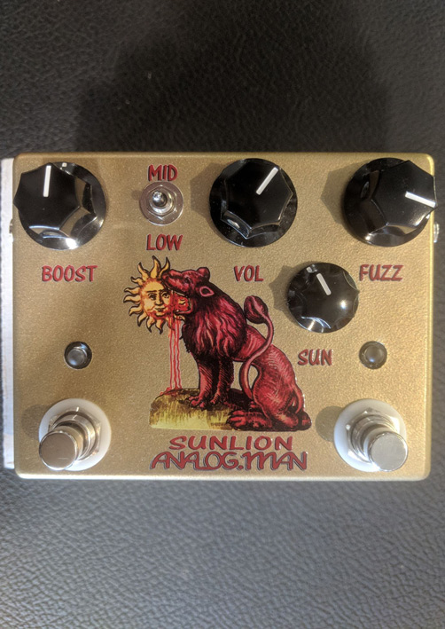 ~SOLD~Analog Man Sun Lion Fuzz / Booster pedal